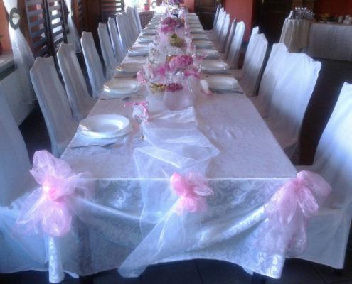 Deoracje stołu na komunię świętą